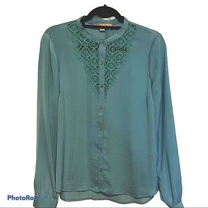 Forever 21 mint green button down lace insert top